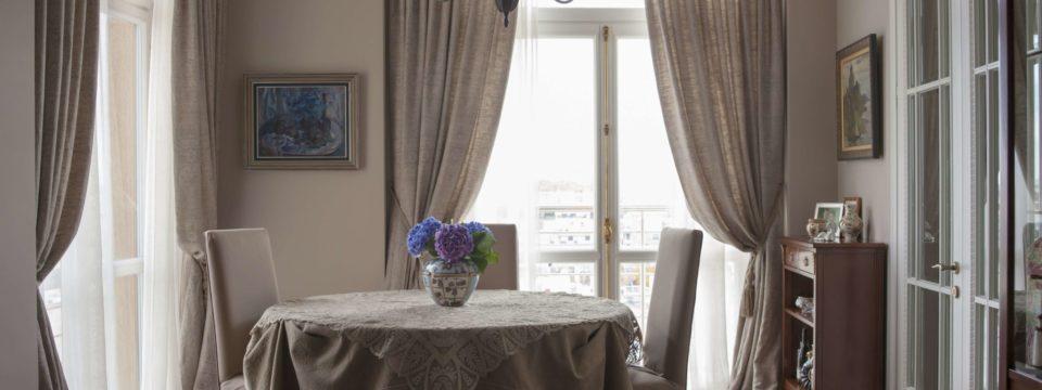 Портьеры в интерьере квартиры – что важно знать о них
