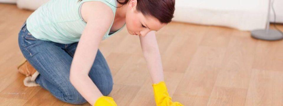 Как и чем отмыть линолеум от въевшейся грязи в домашних условиях