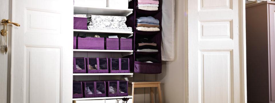 11 лайфхаков, которые сделают шкаф удобней