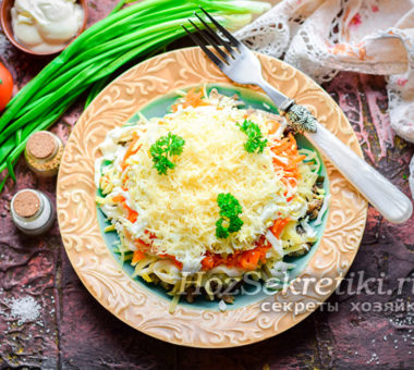 Очень вкусный салат со шпротами
