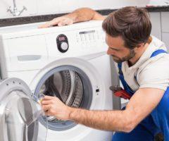 Почему при включении стиральной машины выбивает автомат