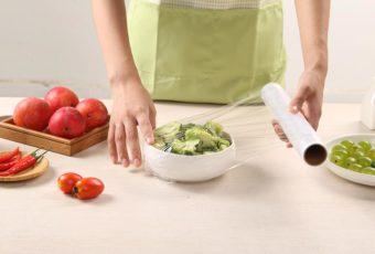 18 лайфхаков для использования пищевой пленки