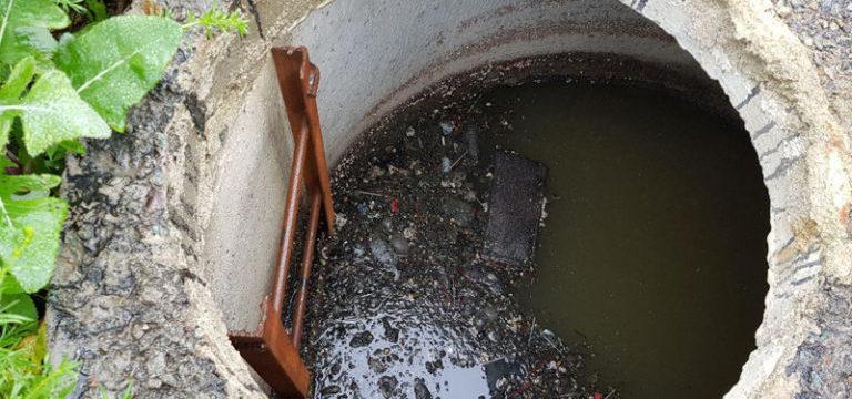 Очистить выгребную яму без откачки. А вы не знали как?