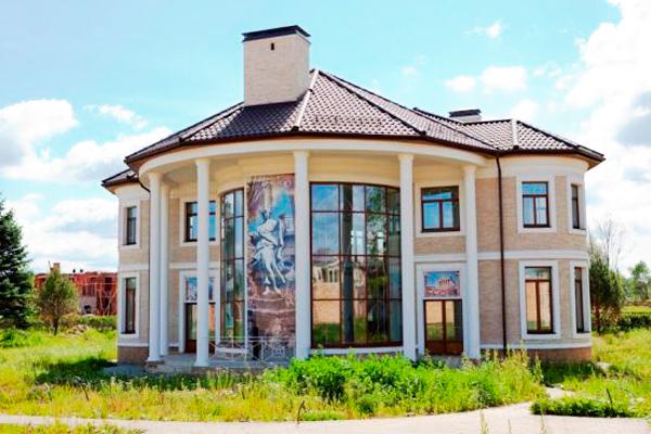 дом Веры Брежневой в Подмосковье