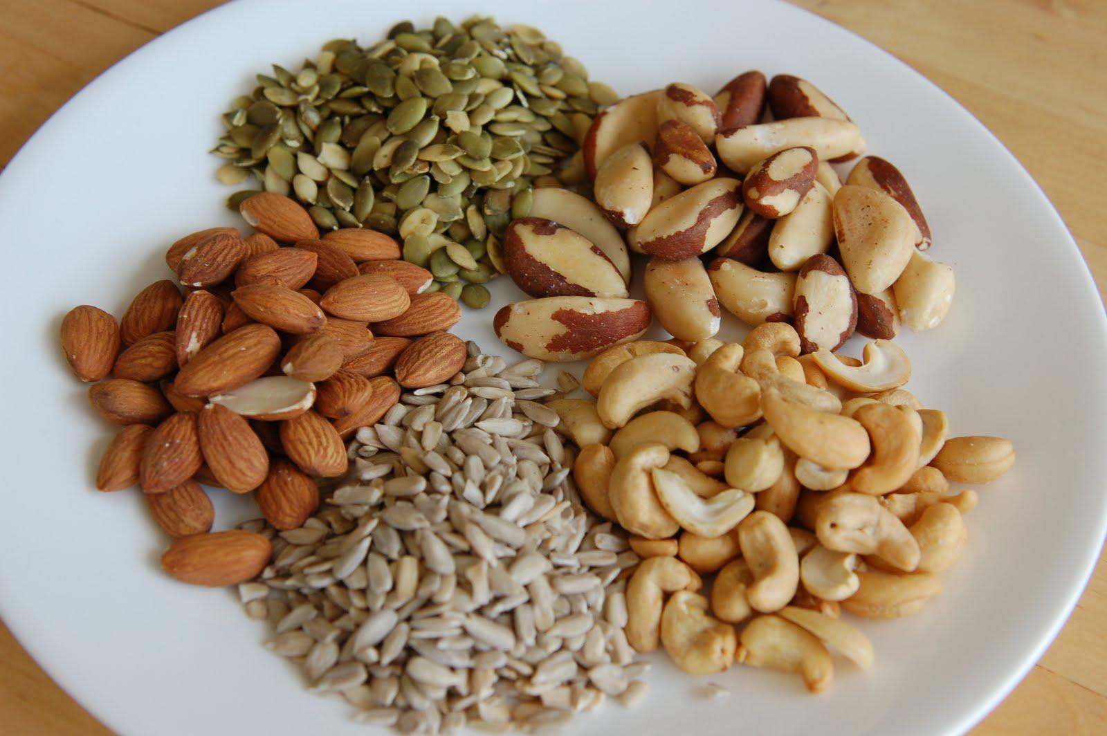 Орехи, семечки разных плодов