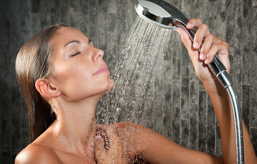 Принять горячий душ