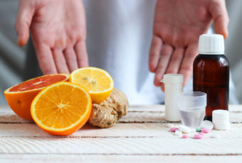 А вы знали? Смертельные сочетания лекарств и продуктов