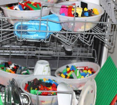 Что нельзя мыть в посудомоечной машине