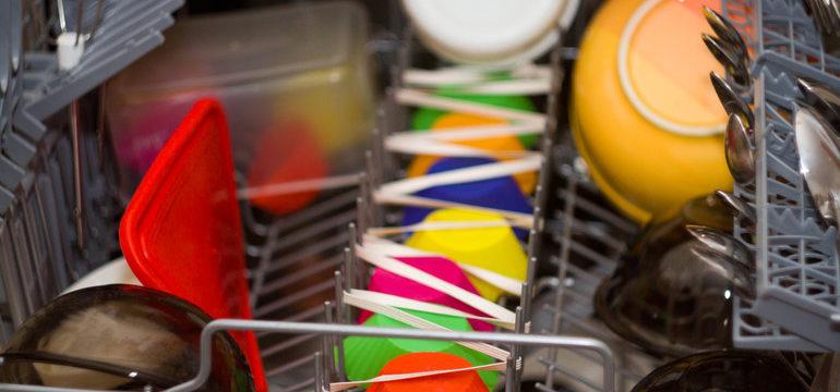 Можно ли мыть в посудомоечной машине силиконовые формы для выпечки