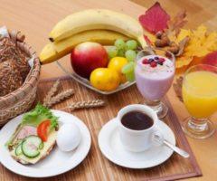 Эти продукты нельзя есть на голодный желудок