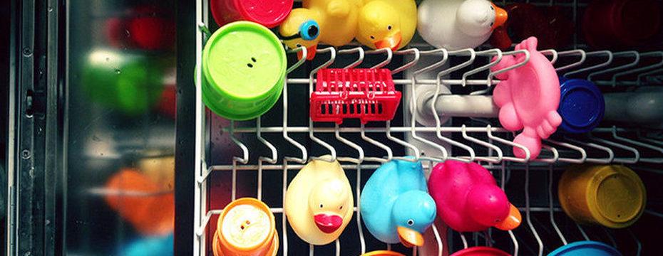Можно ли мыть в посудомоечной машине пластиковые контейнеры