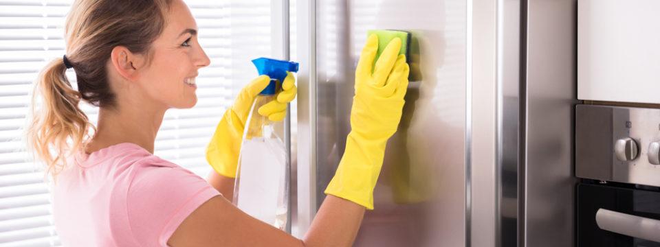 7 вещей, которые нужно мыть и стирать ежедневно, чтобы в квартире не размножались бактерии