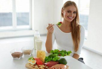 10 продуктов, которые диетологи категорически не рекомендуют есть на завтрак