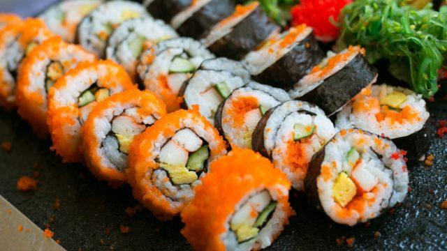 Как хранятся суши и роллы