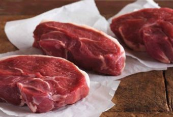 Правила хранения мяса в холодильнике или в морозилке и сроки годности после разморозки