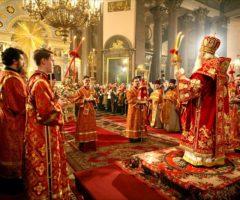 Когда начинается богослужение на Пасху и сколько длится служба