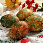 Способы окрашивания яиц с помощью луковой шелухи