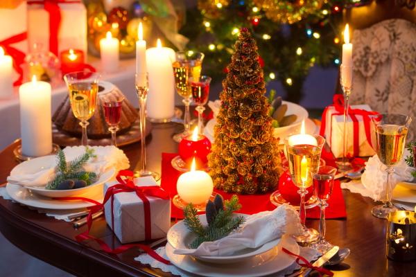 Как красиво украсить стол на Новый год 2021 Быка