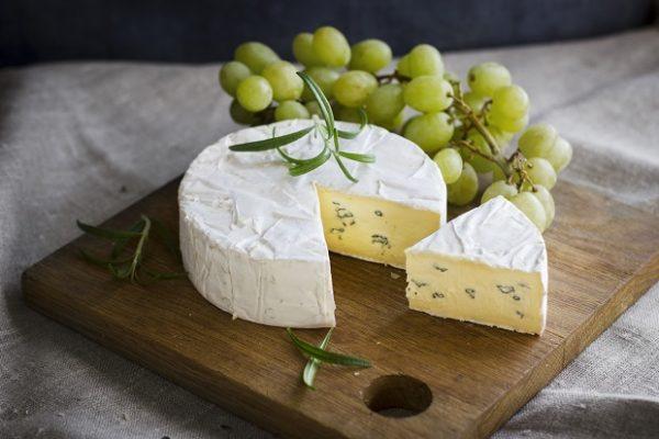 Как подавать сыр