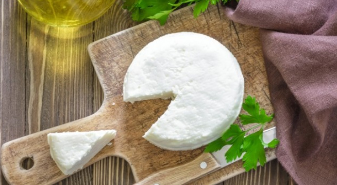 Что такое осетинский сыр, какой он на вкус и как его изготавливают