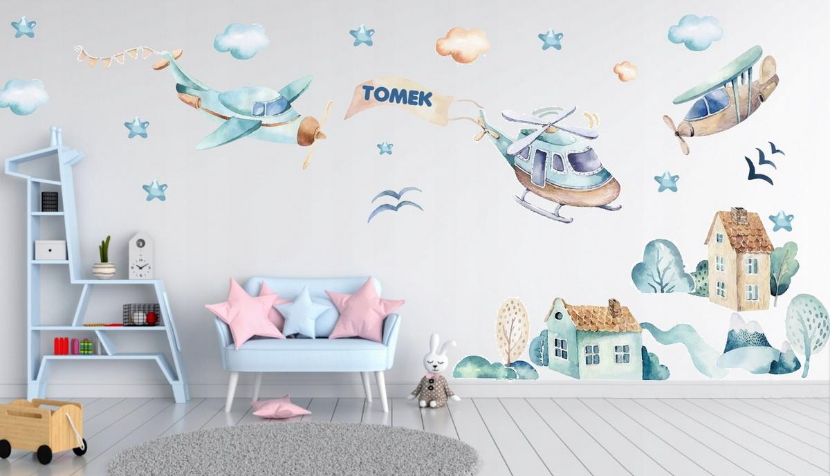 Наклейки на стену в детскую комнату: преимущества декора, материалы и совет по размещению