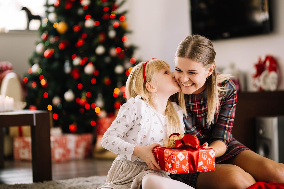 Что подарить девочке на Новый год 2021