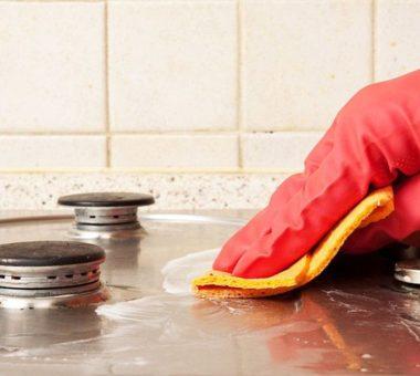 Как очистить газовую плиту от нагара и жира