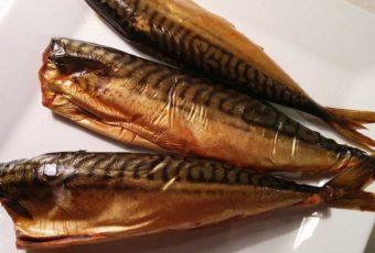 Как хранить копченую рыбу в холодильнике