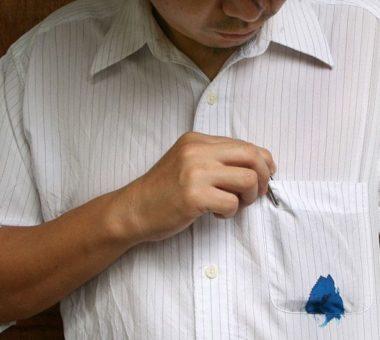 Как и чем отстирать чернила с одежды