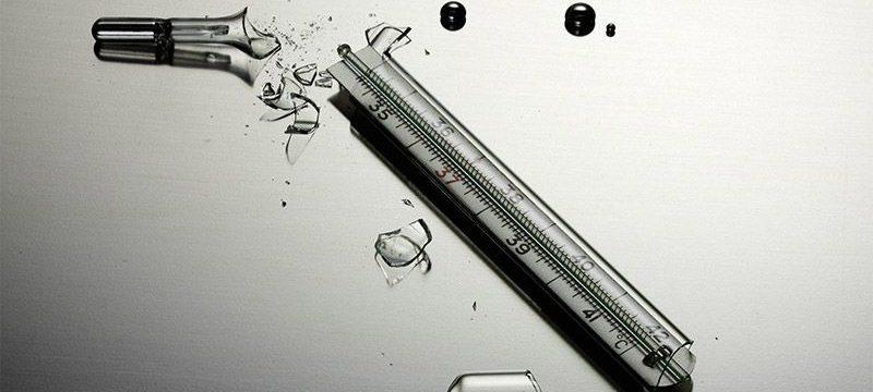 Что делать, если в доме разбился ртутный градусник