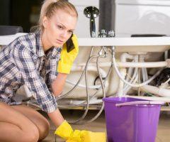 Как пробить засор в ванной и прочистить трубы