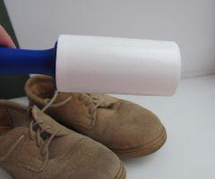 Как чистить замшевые кроссовки?