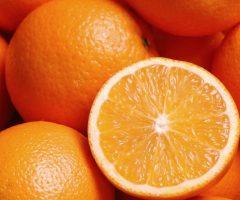 Как удалить пятна от апельсина с белой одежды