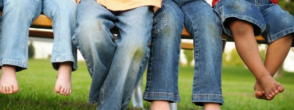 Как вывести пятна от травы на джинсах?